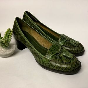 Green Leather Alligator Tassel Block Heel Loafers
